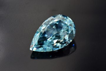 Coloured Diamonds Shine
